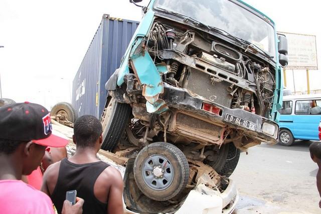 acidente de viação faz 18 mortos no troço chongoroi-katengue - 0e2a31aee 0d51 42e9 9da2 fd5b85d50313 - Acidente de viação faz 18 mortos no troço Chongoroi-Katengue