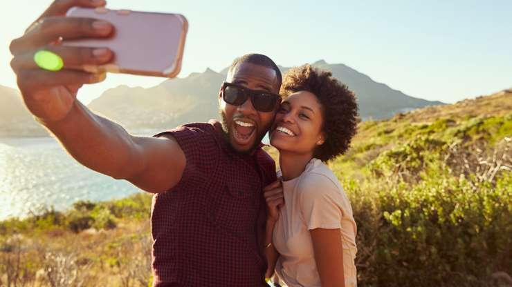 12 sinais de que o seu parceiro é o seu melhor amigo! - AAxWDEs - 12 sinais de que o seu parceiro é o seu melhor amigo!