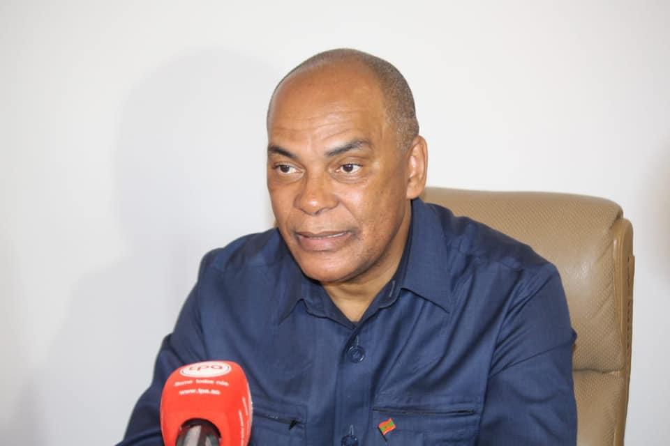 ministra da justiça de portugal ajuda adalberto costa junior - Adalberto - Ministra da Justiça de portugal ajuda Adalberto Costa Junior