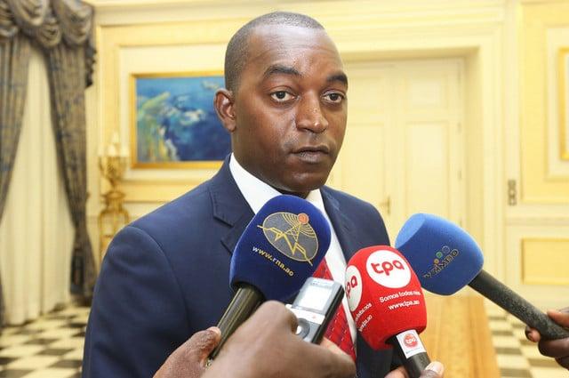 - Isaias Calunga - Conselho da Juventude de Luanda realiza acto de cumprimentos de fim de ano