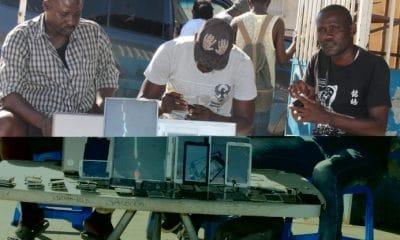 - Reparadores de Telemoveis 400x240 - Venda e reparação de telemóveis nos mercados informais  com dias contados