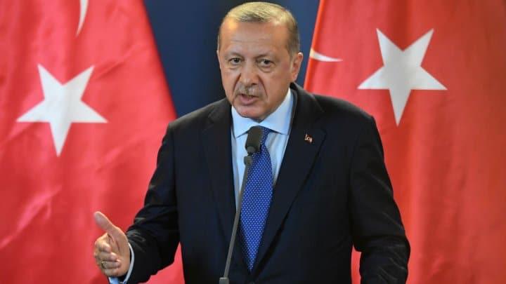 """- erdogan m 22 - Erdogan promete revelar """"toda a verdade"""" sobre assassínio do jornalista saudita"""