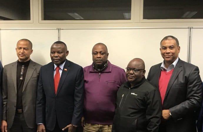 - l  deres da Oposi    o RDC - RDC: Oposição designa candidato único para as eleições presidenciais até 15 de novembro