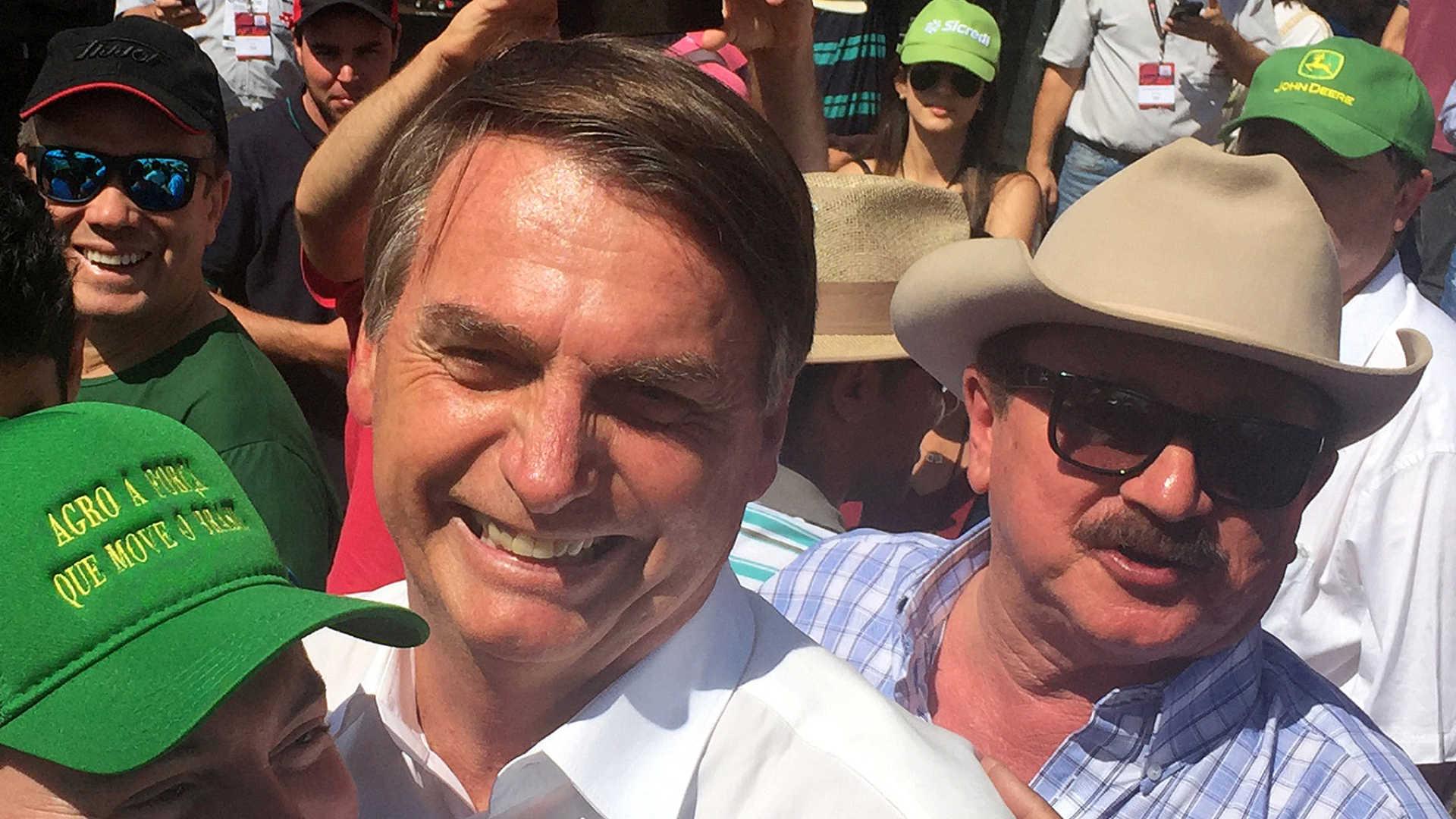 polémica: em vídeo jair bolsonaro admite zoofilia e bater em mulheres - naom 5bbdecf9a463d - Polémica: Em vídeo Jair Bolsonaro admite zoofilia e bater em mulheres