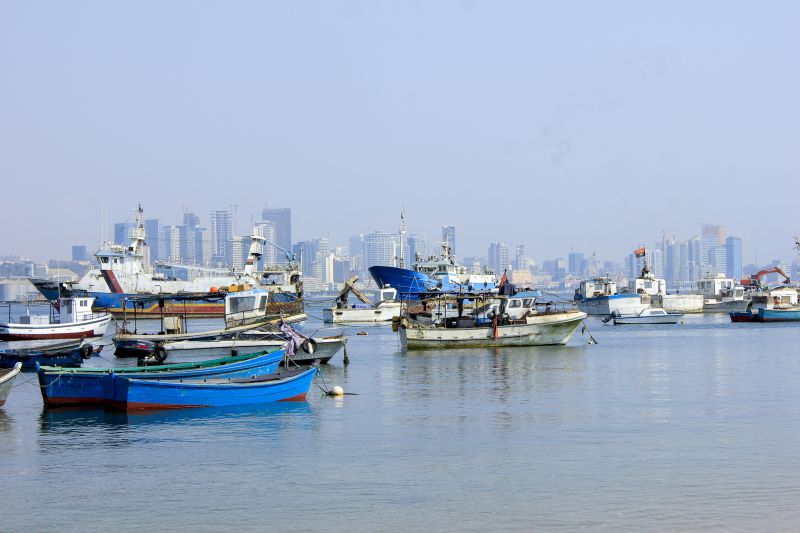 três estudantes e um professor morrem afogados na ilha de luanda - transferir 4 - Três estudantes e um professor morrem afogados na ilha de Luanda
