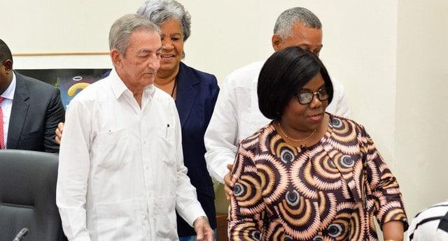 - 0ed7e0dee 1ed5 4297 b929 017adaee17ca r NjQweDM0NQ - Partido Comunista de Cuba reafirma cooperação com MPLA
