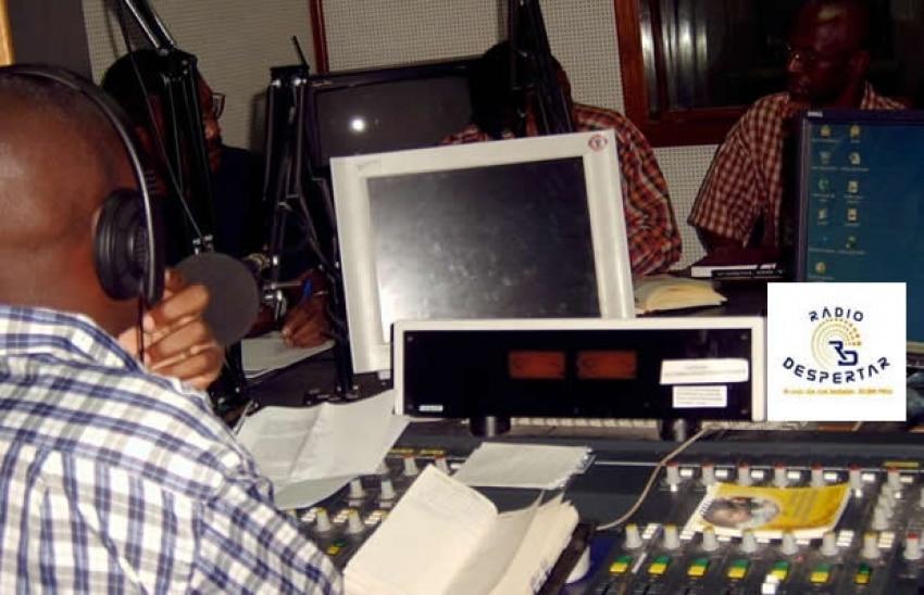 - RADIO DESPERTAR - Rádio Despertar suspende Jornalistas por terem reivindicado melhores condições de trabalho