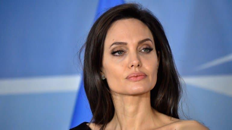 """angelina jolie na política? """"estou bastante aberta a essa ideia"""" - Angelina Jolie - Angelina Jolie na política? """"Estou bastante aberta a essa ideia"""""""