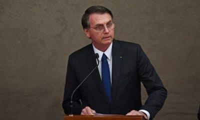 """- Bolsonaro 400x240 - Jair Bolsonaro diz que vitória da esquerda na Argentina é o """"regresso dos bandidos"""""""