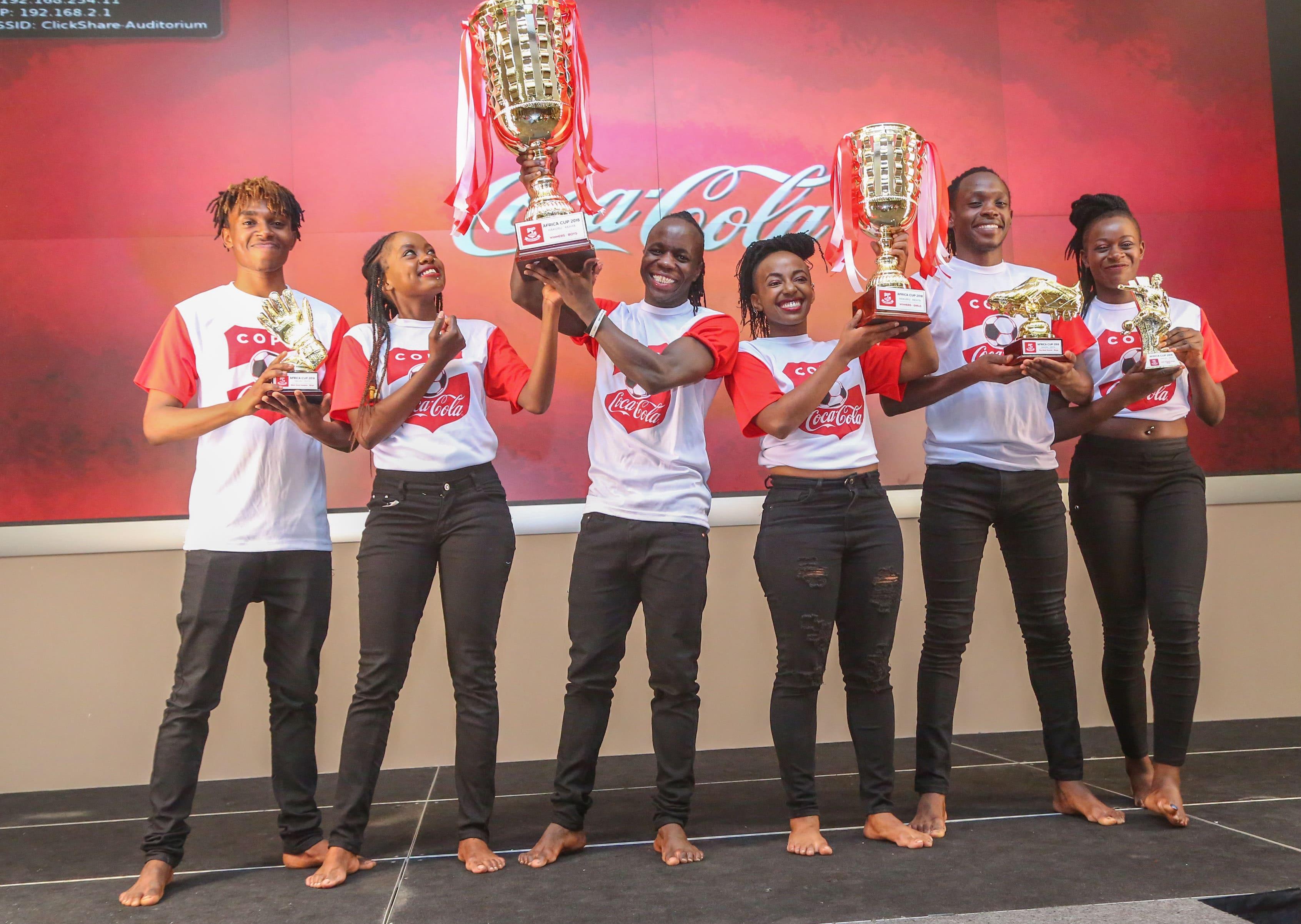 - IMAGE 1 - Coca-cola junta pela primeira vez, jovens craques africanos no Quênia