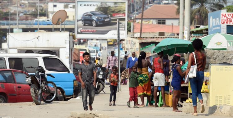 """- Luanda - Luanda:  Uma pluriculturalidade transformada em """"Congo"""""""