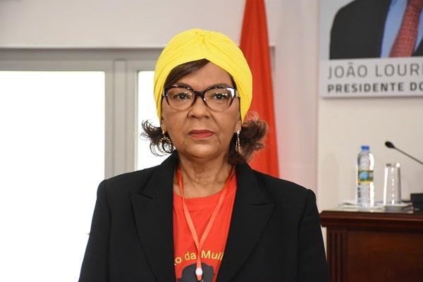 - Maria Alfredo OMA - Maria Alfredo substituiu Luísa Damião no Departamento  de  Informação da OMA