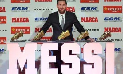 - Messi  400x240 - Messi recebe inédita quinta Chuteira de Ouro