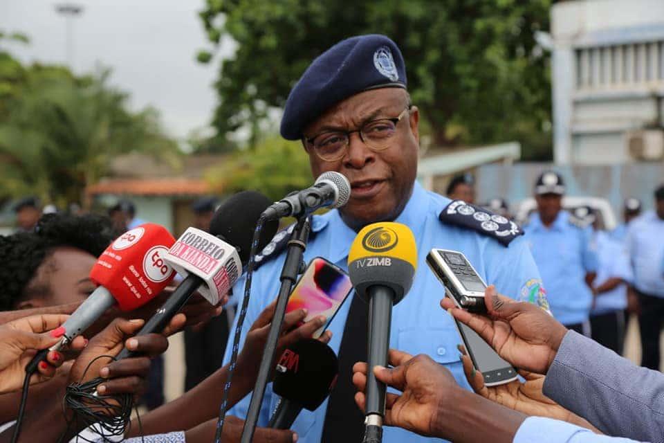 - Paulo de Almeida - Comandantes da Polícia com maus comportamentos  têm  dias contados, diz comissário Paulo de Almeida