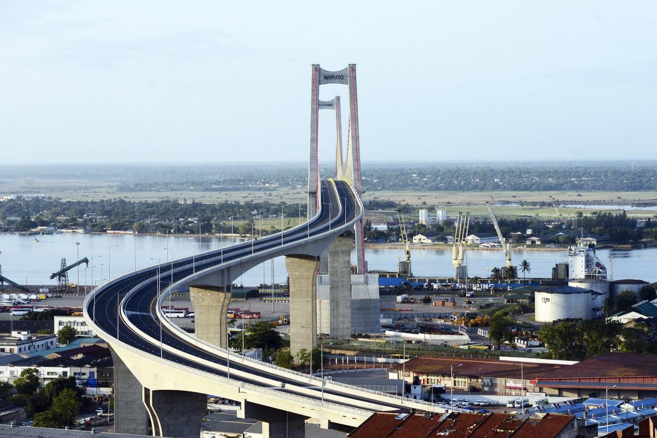 - Ponte Maputo - Ponte Maputo-Katembe fica sem luz devido a roubo de cabos