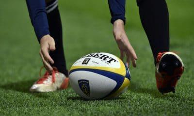 - Rugby 400x240 - Jogador de rugby francês morre em campo vítima de parada cardíaca