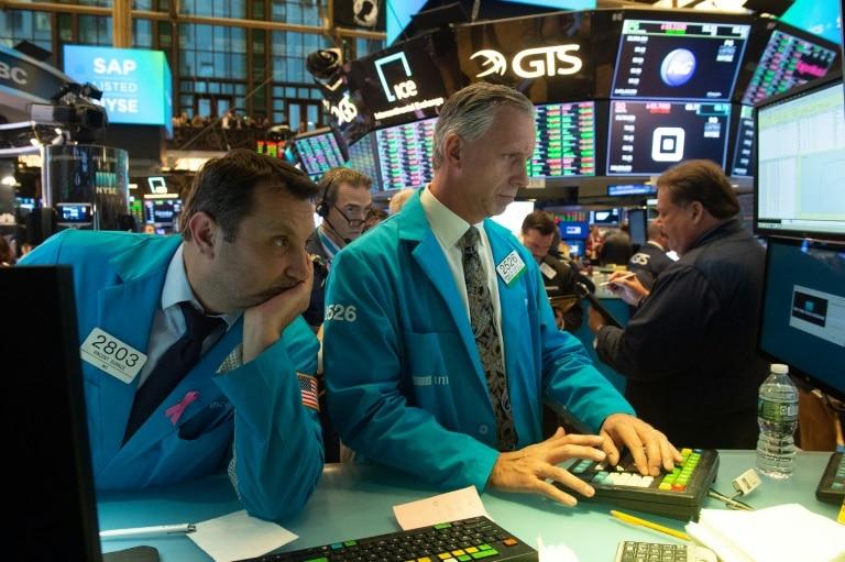 - Wall Street - Wall Street recupera fôlego e abre em alta. Petróleo continua em queda