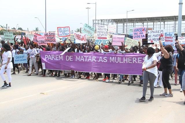 - marcha mulheres - Luandenses convocados para uma marcha pelo fim da violência contra as mulheres