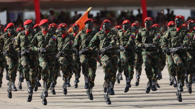 forças armadas da venezuela reiteram lealdade a nicolás maduro - For  as Armadas Venezuelanas - Forças Armadas da Venezuela reiteram lealdade a Nicolás Maduro