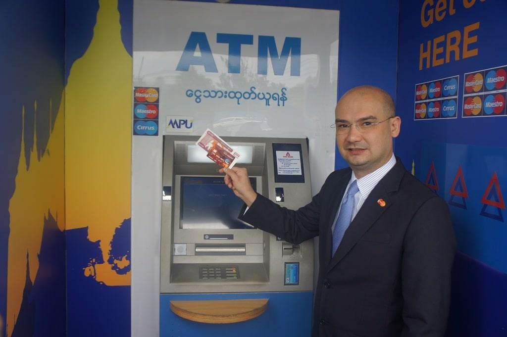 ue multa mastercard em 570 milhões de euros por impedir livre concorrência - Mater Card - UE multa Mastercard em 570 milhões de euros por impedir livre concorrência