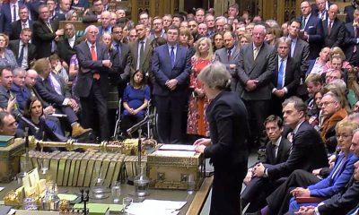 "- Parlamento Britanico 400x240 - Parlamento britânico rejeita acordo do ""brexit"""