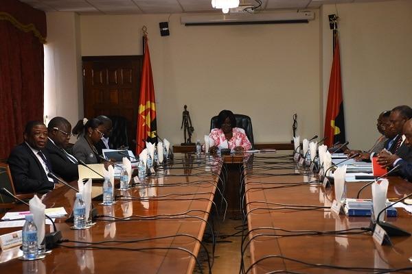 [object object] - SBP MPLA - MPLA aprova substituição de primeiros secretários em três províncias
