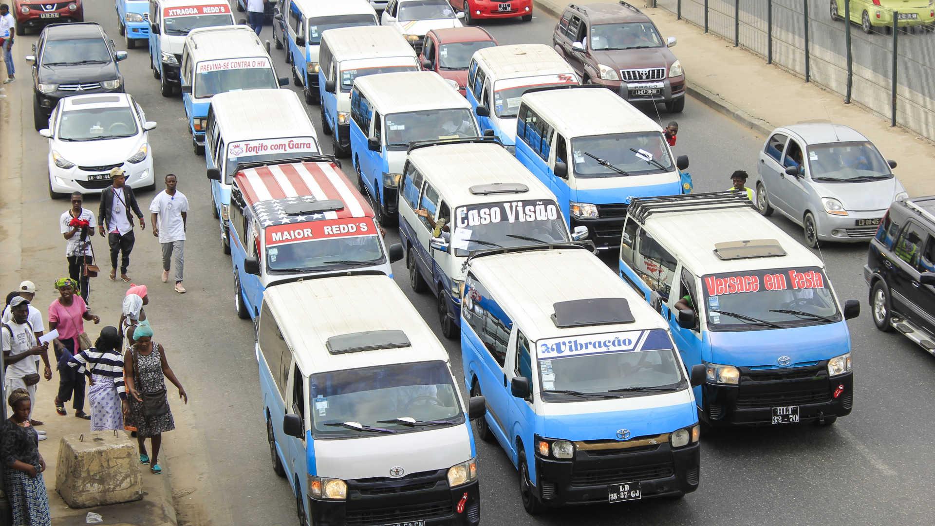 associação de taxistas afasta presidente de direção - TAXISTAS - Associação de taxistas afasta presidente de direção