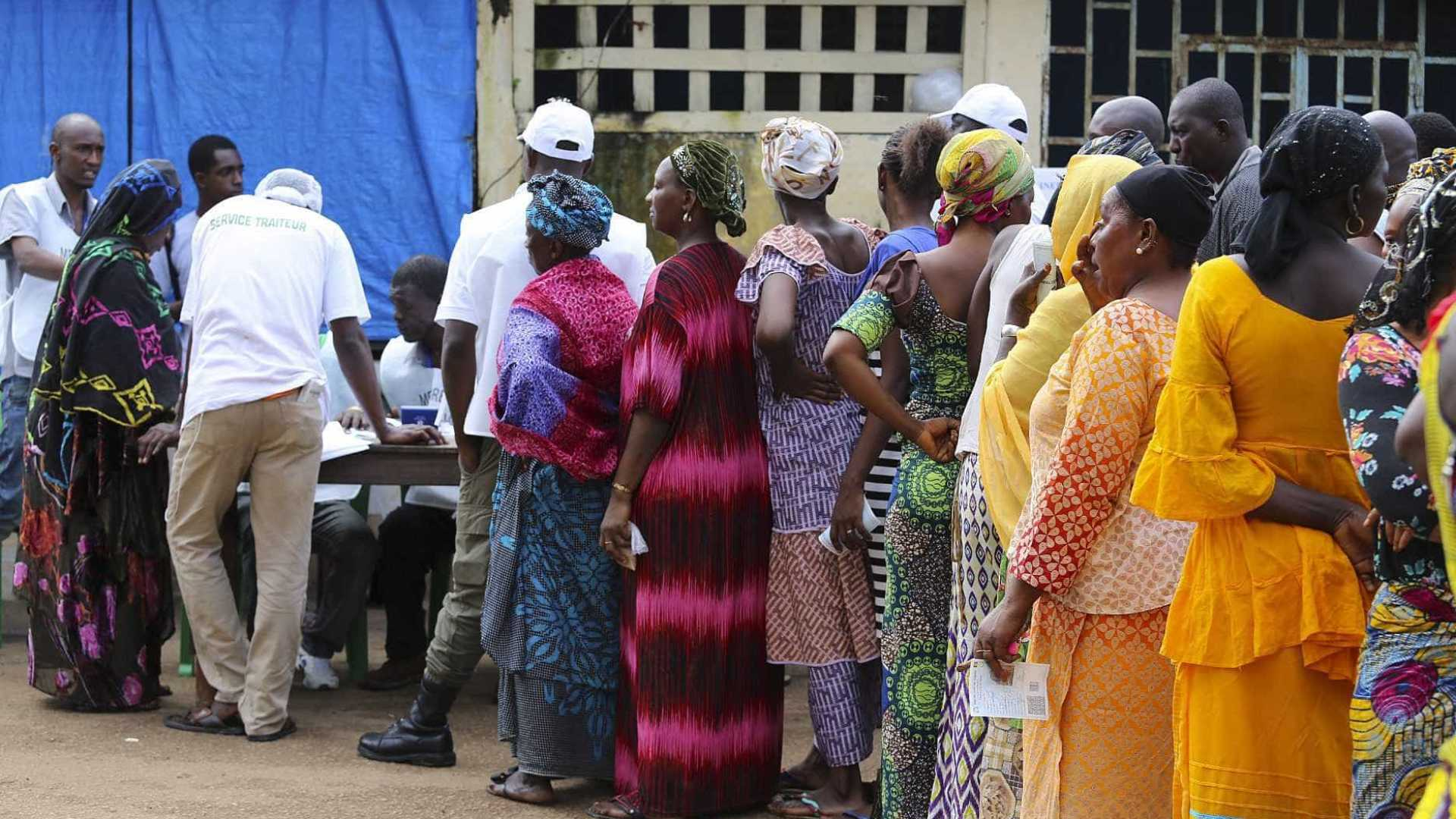 - mulheres guine conacri - Guiné-Conacri legaliza poligamia até um limite de quatro mulheres