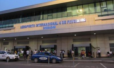 [object object] - Aeroporto 4 de Fevereiro 400x240 - Polícia prende cidadã brasileira com 4,3 kg de cocaína