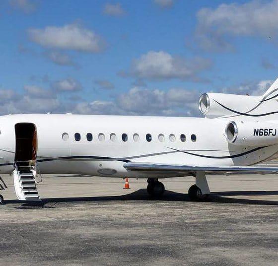 - Falcon 900EX 560x536 - Contrato de frete da Falcon que Transportou Felix Tshisekedi a Luanda assinado em seu nome e não o da presidência congolesa