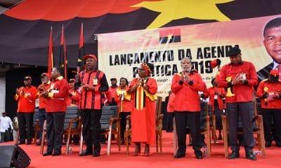 - MPLA Lan  amento agenda politica 2019 400x240 - MPLA 'atira-se' à Direcção do jornal Folha 8