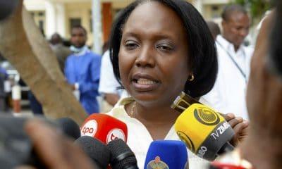 - Silvia Lutucuta 400x240 - Ministra da Saúde diz que privatização da Angomédica foi um processo pouco claro