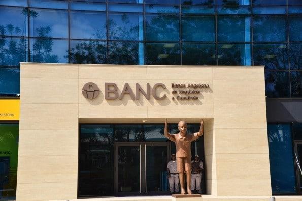 banco de kundi paihama foi fundada com dinheiro do besa - BANC - Banco de Kundi Paihama foi fundada com dinheiro do BESA