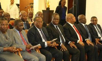 """- CC MPLA 400x240 - MPLA considera que a """"difícil situação económico-financeira de Angola exige sacrifícios de todos"""""""