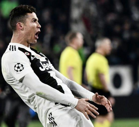 - CR7 560x511 - Cristiano Ronaldo é multado por comemoração obscena na Champions
