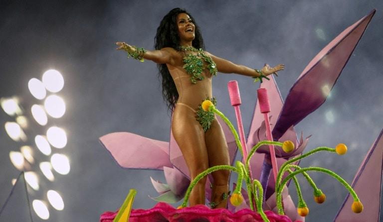 rio de janeiro bate recordes no primeiro fim de semana de carnaval - Escolas de Samba RJ - Rio de Janeiro bate recordes no primeiro fim de semana de Carnaval