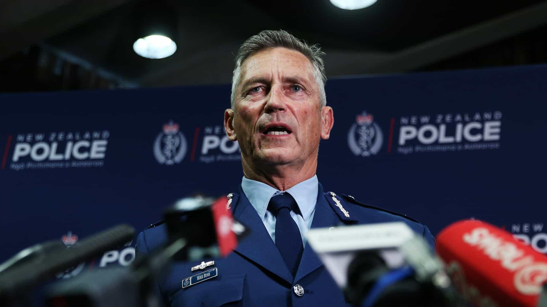 - Nova Zel  ndia policia - Ataque terrorista na Nova Zelândia: Vários mortos, explosivos desativados