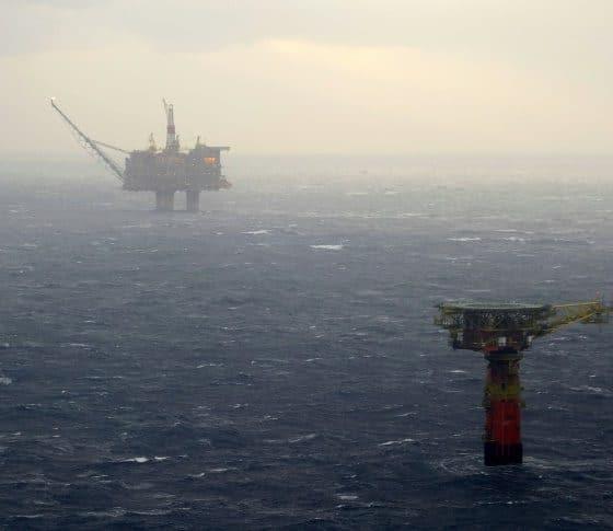 """- Petroleo 560x485 - ANPG e ENI anunciam nova descoberta de petróleo no """"offshore"""" de Angola"""