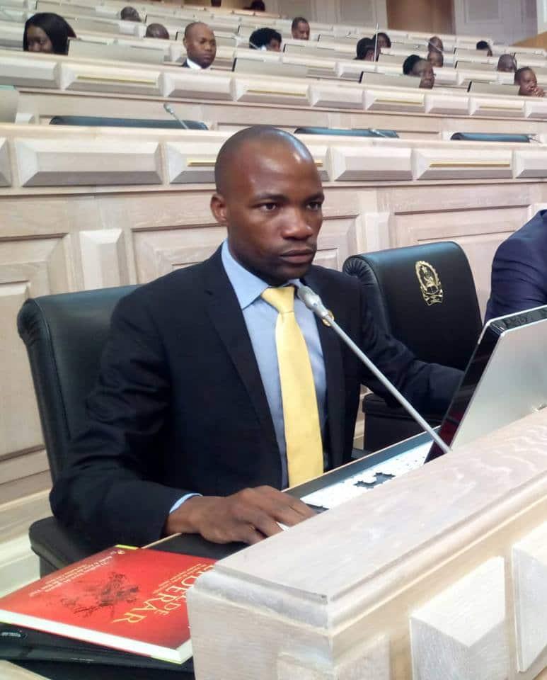 secretário executivo da casa-ce no namibe renuncia ao cargo - Sampaio Mucanda - Secretário Executivo da CASA-CE no Namibe renuncia ao cargo