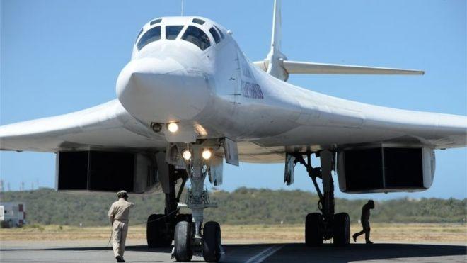 aviões russos com 99 militares e 35 toneladas de carga aterram em caracas - avioes militar russo na venezuela - Aviões russos com 99 militares e 35 toneladas de carga aterram em Caracas