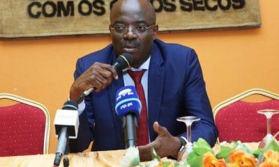 carmo neto deixa comando da união dos escritores angolanos - carmo neto 400x240 - Carmo Neto deixa comando da União dos Escritores Angolanos