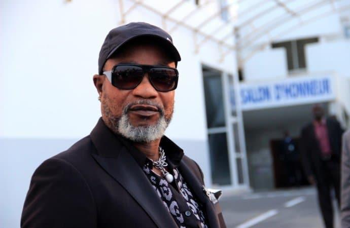 koffi olomide condenado a dois anos de prisão suspenso - koffi olomide - Koffi Olomide condenado a dois anos de prisão com pena suspensa