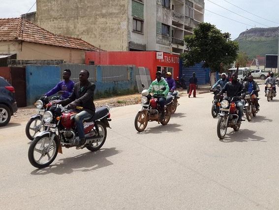 mototaxistas queixam-se de pagamentos arbitrários por parte da amotrang no zango - 07cd12c33 532f 4aa9 97a1 dc56f962a1ac - Mototaxistas queixam-se de pagamentos arbitrários por parte da Amotrang no zango
