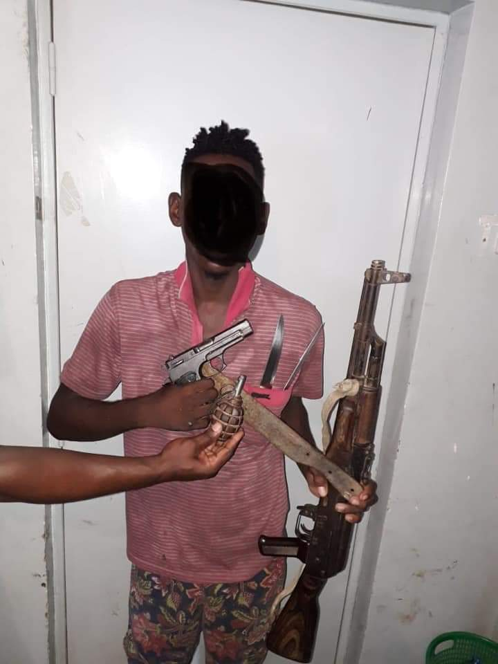 "gangue conhecido como os "" mete Água"" usam armas e granadas para assaltos na zona da robaldina - 5A1DEE3E CE7D 4E52 B531 300ABBCF921C - Gangue conhecido como os "" Mete Água"" usam armas e granadas para assaltos na zona da Robaldina"