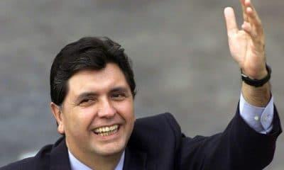 - Ex presidente do Peru Alan Garc  a  400x240 - Ex-presidente do Peru Alan García suicída-se para não ser preso