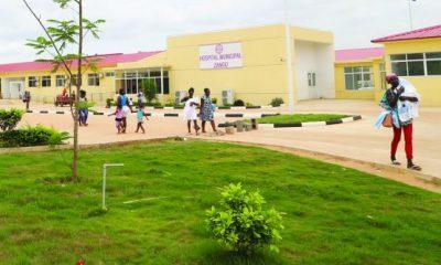 hospital público do zango: uma casa de saúde do estado onde tudo paga-se - Hospital Zango 400x240 - Hospital Público do zango: Uma casa de saúde do Estado onde tudo paga-se