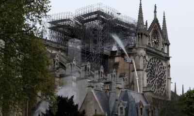 [object object] - Notre Dame de Paris 400x240 - Doações de empresas e milionários para Notre-Dame superam 600 milhões de euros