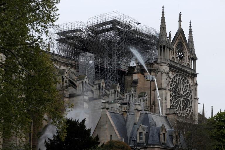 [object object] - Notre Dame de Paris - Doações de empresas e milionários para Notre-Dame superam 600 milhões de euros