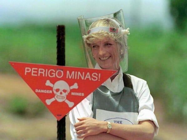 finalmente! médico especialista revela verdadeira causa de morte da princesa diana - Princesa Diana - Finalmente! Médico especialista revela verdadeira causa de morte da princesa Diana