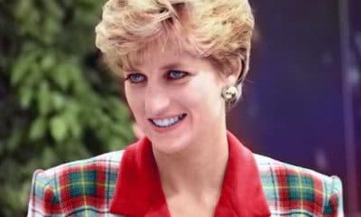finalmente! médico especialista revela verdadeira causa de morte da princesa diana - Princesa Diana1 400x240 - Finalmente! Médico especialista revela verdadeira causa de morte da princesa Diana